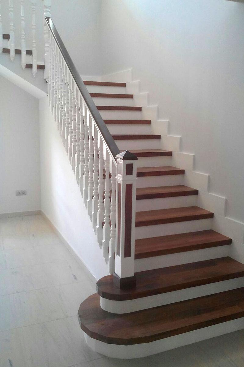 Escaleras archivos barandas ordo ez for Contrahuella escalera